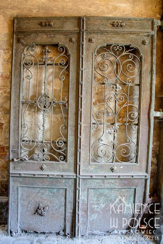 Radomsko: historia zapisana w drzwiach