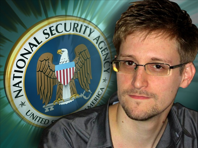 Edward Snowden applies for political asylum in Russia
