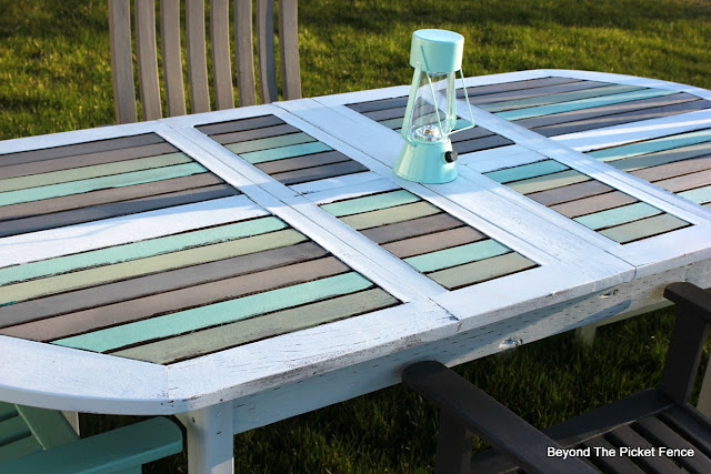 Patio table, paint, DIY, garage sale makeover, upcycled, summer entertaining,http://bec4-beyondthepicketfence.blogspot.com/2016/04/beachy-patio-table.html