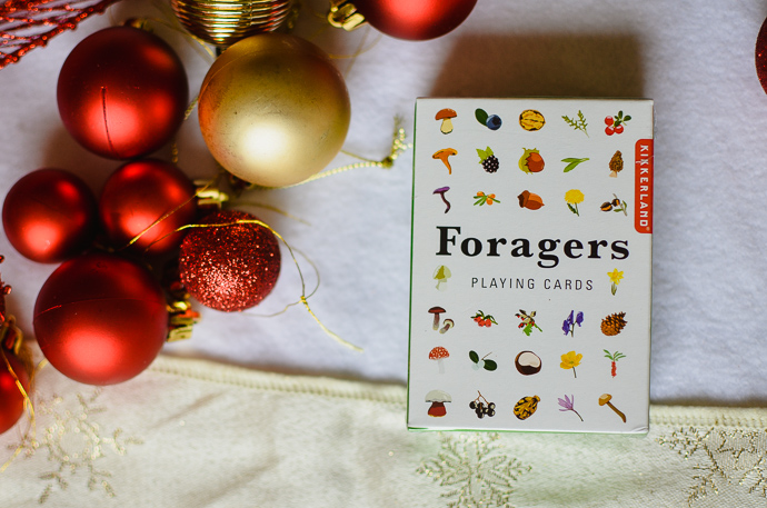 outdoorsy family gift guide, Foragers Playing Cards