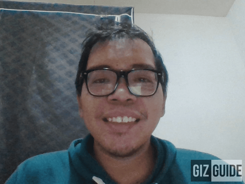 Selfie cam needs improvement