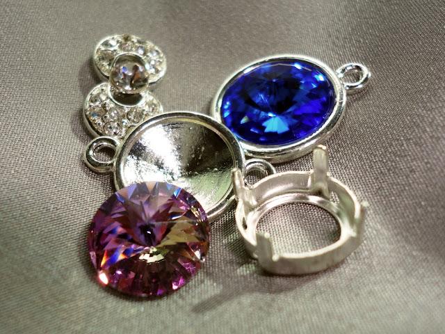 Rivoli crystals and mounts