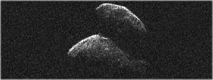 imagem do asteroide 2014 JO25 que passou próximo da Terra