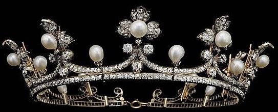 Tiara Mania: Countess of Flanders' Pearl & Diamond Tiara