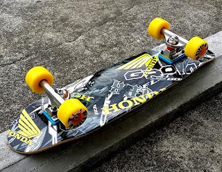 スケートボード初心者にも優しい低速仕様のエフダブ街乗りクルーザースケートボード