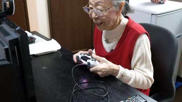 Hamako Mori, Nenek Asal Jepang yang Jadi Pemain Gim Tertua di Dunia