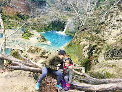 El Nacedero del Urederra en Baquedano y la Ruta para Familias,  es una buena opción para  disfrutar de una visita, en un fin de semana, o en periodos vacacionales.  Si queremos disfrutar de preciosos paisajes y estar en contacto con la naturaleza, la Ruta de las Cascadas Azules del Urederra, es un entorno mágico, que se asemeja  a un cuento de hadas.  La Ruta de las Cascadas de Baquedano, está ubicada en la Comarca Urbasa Estella en el Valle de Améscoa en Navarra Naturalmente.