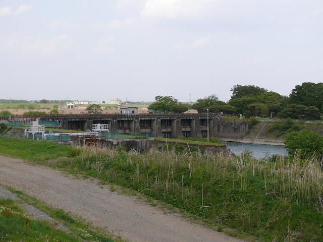 江戸川 関宿水門
