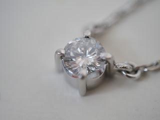 ダイヤモンドを買い取り査定いたします