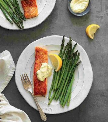 Crispy Salmon And 5-Ingredient Tartar Sauce Recipe