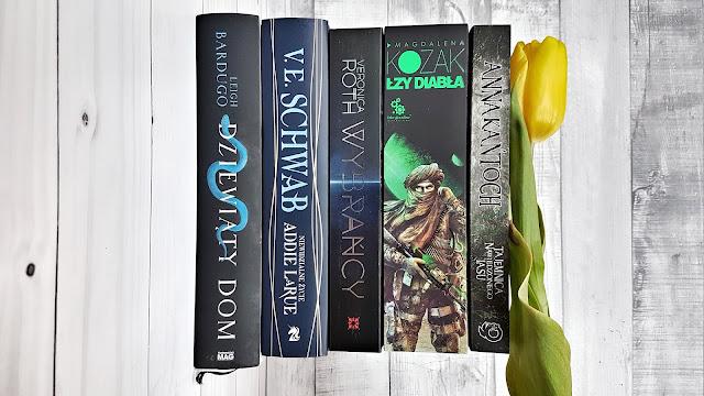 książki do przeczytania wiosną, fantastyka