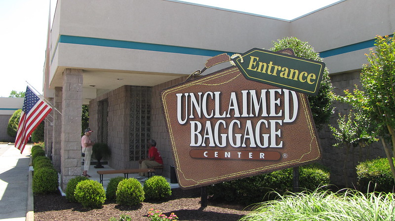 Entrance of Unclaimed Baggage Center Scottsboro, AL