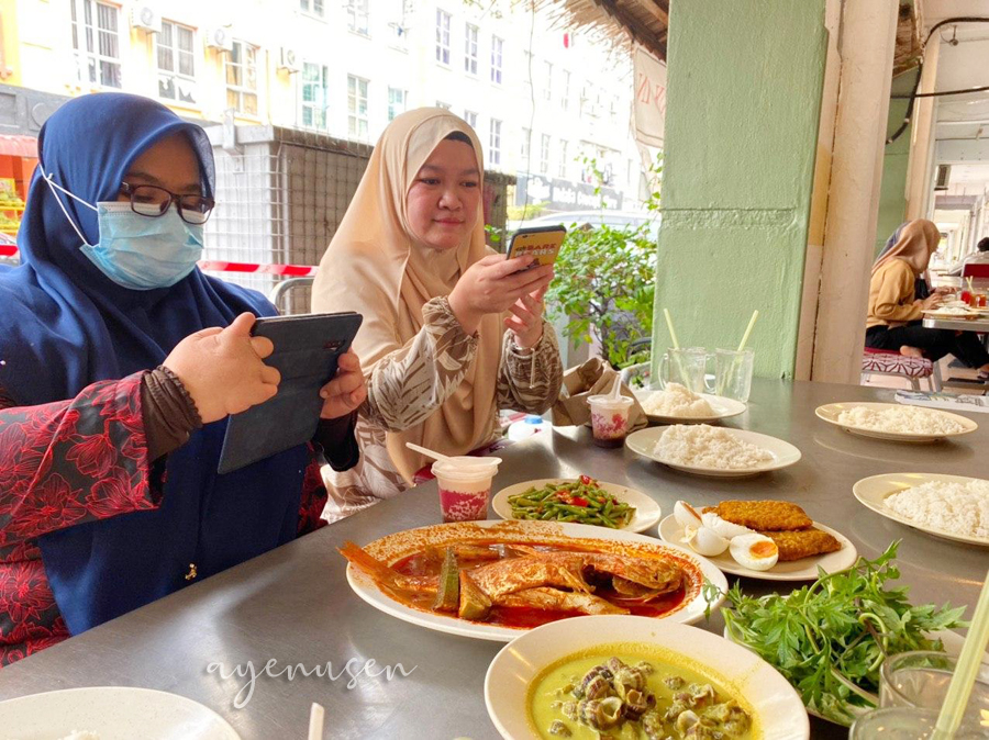 Lunch Asam Pedas Selera Kampung di Plaza Mahkota Square, Melaka