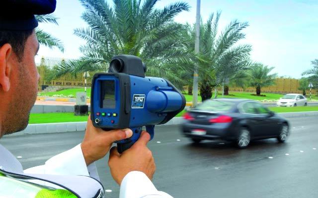 منعاً لوقوع الحوادث,وضع أجهزة مراقبة السرعات على الطرقات العامة في أماكن مكشوفة