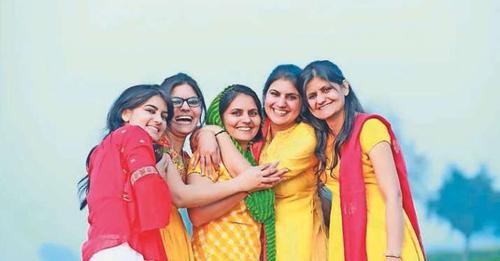 Wow! किसान की 5 बेटियां, पांचों बनीं RAS ऑफिसर, 5वीं के बाद कभी नहीं गई स्कूल