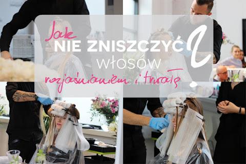 5 zasad, dzięki którym nie zniszczysz swoich włosów podczas farbowania, rozjaśniania i trwałej - czytaj dalej »