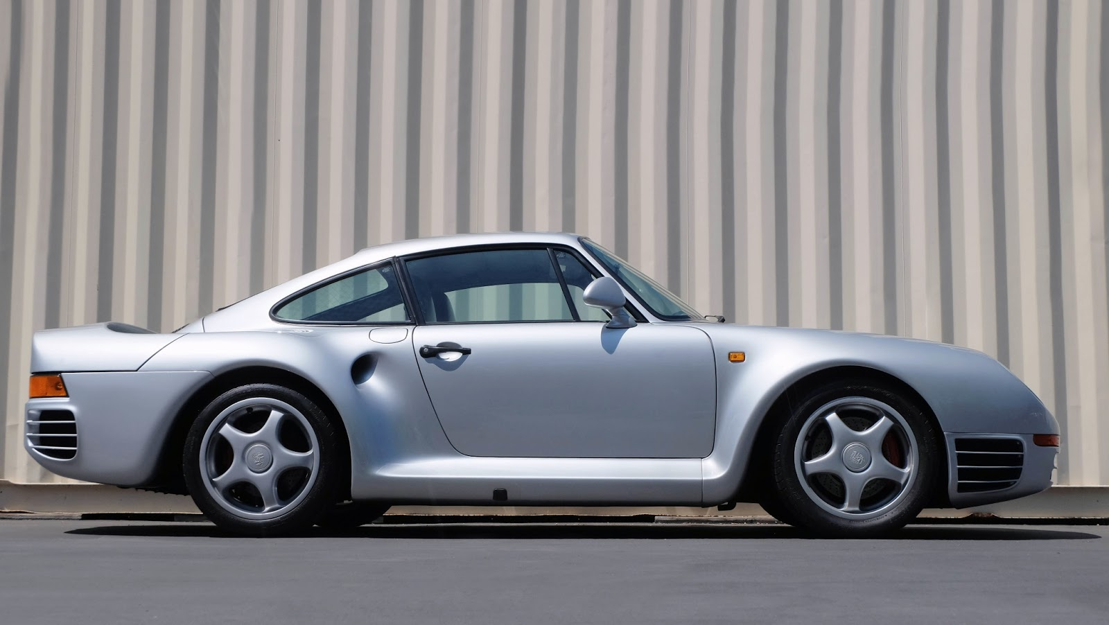 Porsche 959 With Over 100 000 In Maintenance Likely To