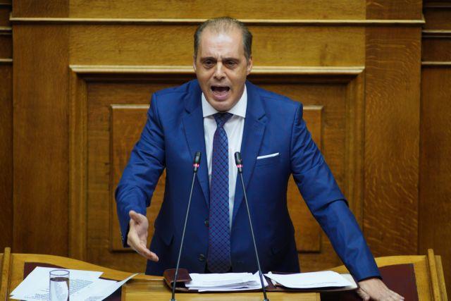 Βελόπουλος: Να σταματήσουν τα επιδόματα στους μετανάστες