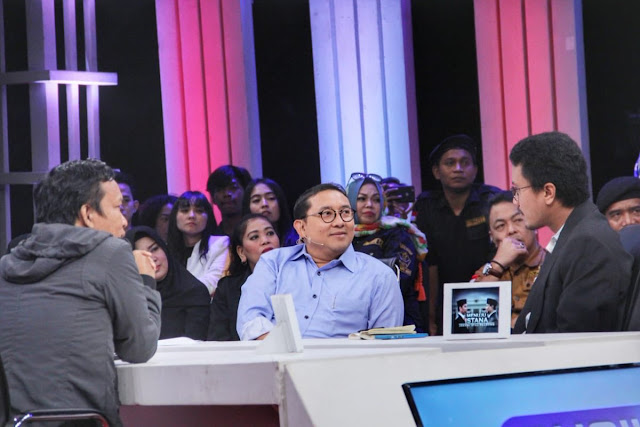 Pembawa Acara tvOne Hentikan Debat karena Pendukung Jokowi Menyerang Pribadi Fadli Zon