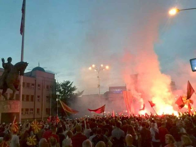 20,000 Macedonians protest in front of Parliament