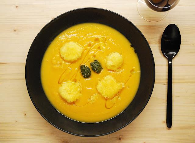 Velouté courge boulettes de polenta