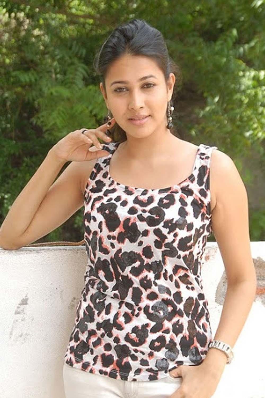 INDIAN GIRLS PHOTO: INDIAN SERIAL ACTRESS_Cute Actress