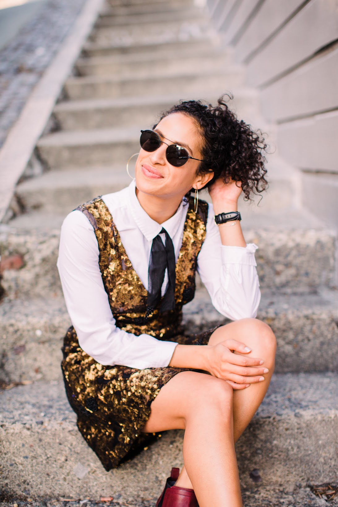 Rent the Runway unlimited, Arno chianti booties, Warby Parker sunglasses, curly hairsyles for holiday, sequin for daytime