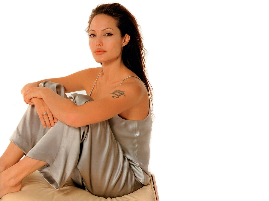 Angelina Jolie Sexy Hot Images