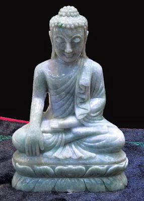 Thai Style Jade Buddha sitting