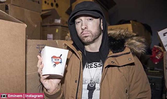 كل ماتريد معرفته حول العداوة بين ماشين غان كيلي MGK وايمينيم Eminem