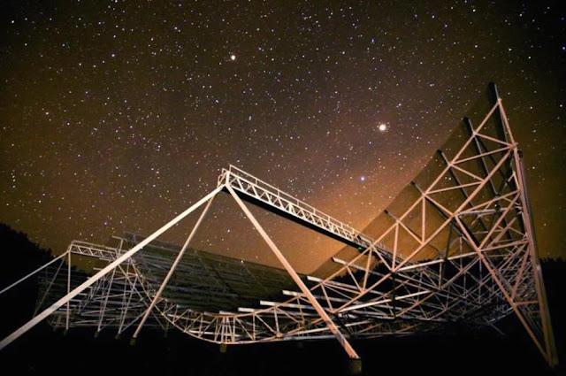 Cientistas detectaram pela segunda vez repetidas explosões de sinais de rádio vindos do espaço