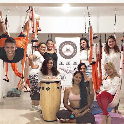 yoga aereo, aeroyoga, cursos, clases, talleres, seminarios, yoga aerea, aerial yoga, aeroyoga, yoga swing, formacion, certificacion, puerto rico, salud, bienestar, wellness