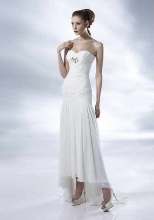 To Avoid The Sands Beach Wedding Dresses Are Usually In A Shorter Length Ankle Dress Knee And Short Mini