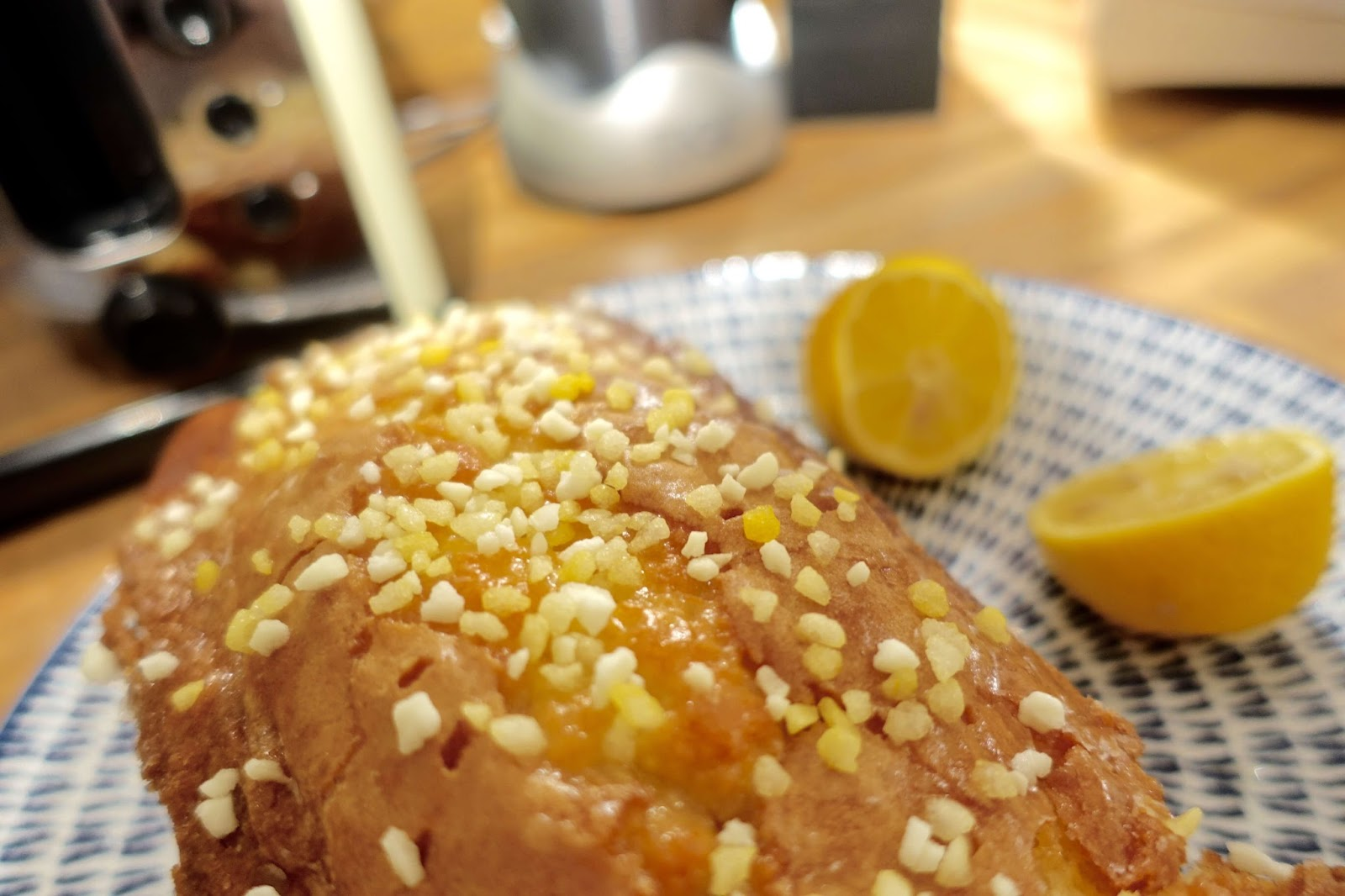 how to make a lemon drizzle cake loaf