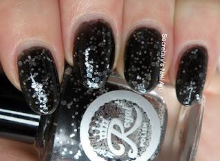 Black glitter polish