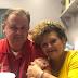 """""""No vacunarnos fue un error"""", dice mujer de Florida que perdió a su padre y a su hermano en una semana por COVID"""