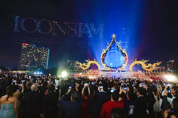 ICONSIAM Bangkok, New Year 2019 Countdown, New Year's Eve 2019 party