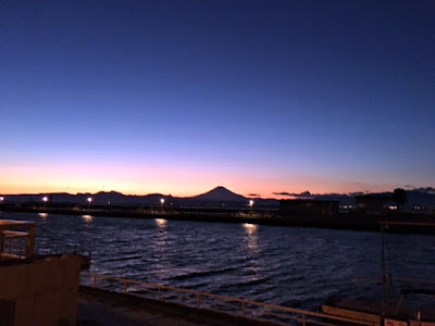 江の島から富士山