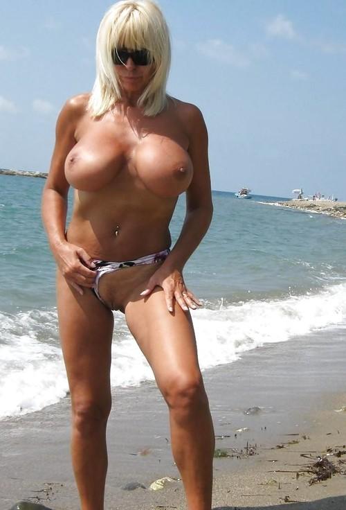 mature plage escort drome