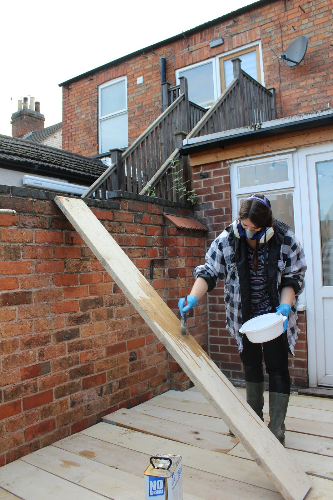 how to treat scaffold boards to be weatherproof