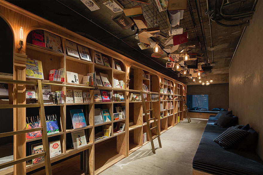 The Book and Bed has 1,700 English and Japanese Language books - Bookstore-Themed Tokyo Hotel Has 1,700 Books And Sleeping Shelves Next To Them