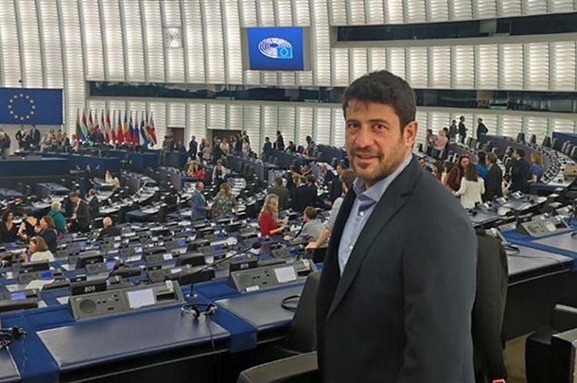 Ερώτηση στην Κομισιόν για το FaceApp κατέθεσε ο Αλέξης Γεωργούλης
