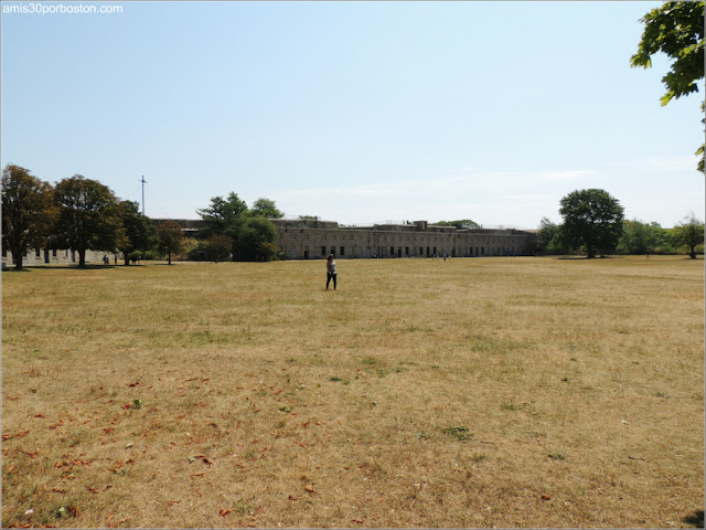 Fuerte Warren: Parade Ground