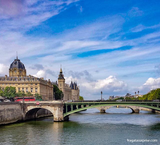 Paris: Rio Sena, Ponte de Notre Dame e a Conciergerie