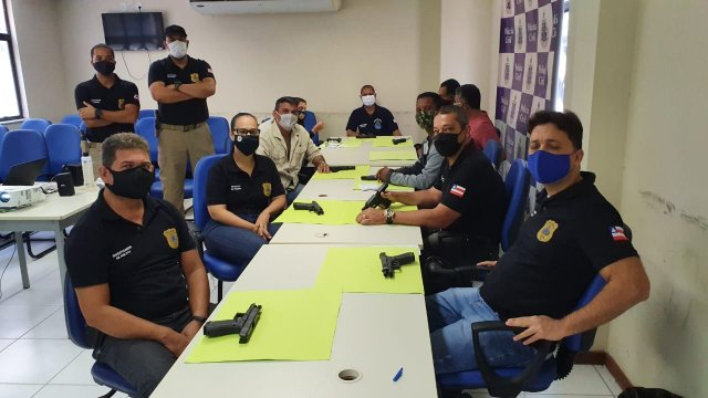 Policiais civis de Feira de Santana atuarão com armas de fabricação austríaca