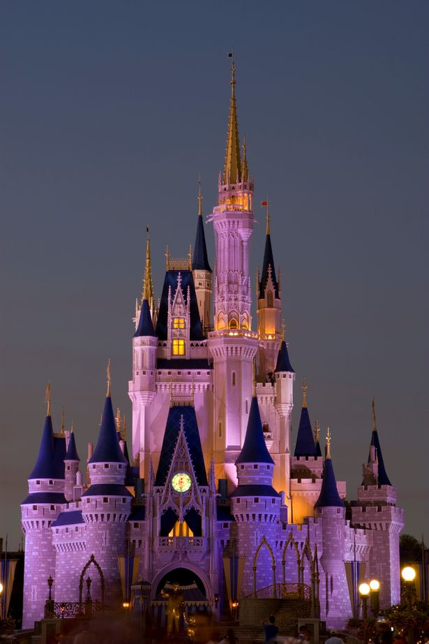 Orlando-Florida-USA-The-Magic-Castle-at-Disneys-Magic-Kingdom