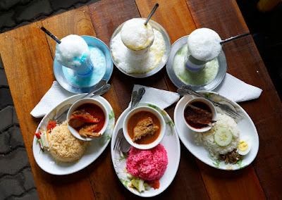 AdilsRoti tempat makan menarik di Kuala terengganu, menu adilsroti, makan sedap di kuala terengganu,