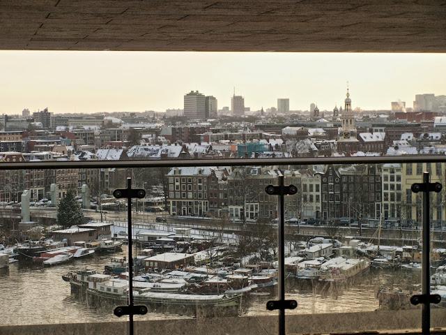 Atardecer de invierno desde la Openbare Bibliotheek de Amsterdam