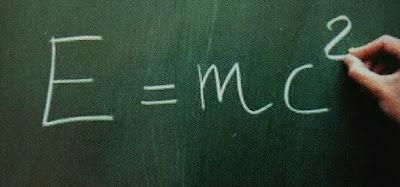 Equivalencia entre masa y energia de la relatividad especial