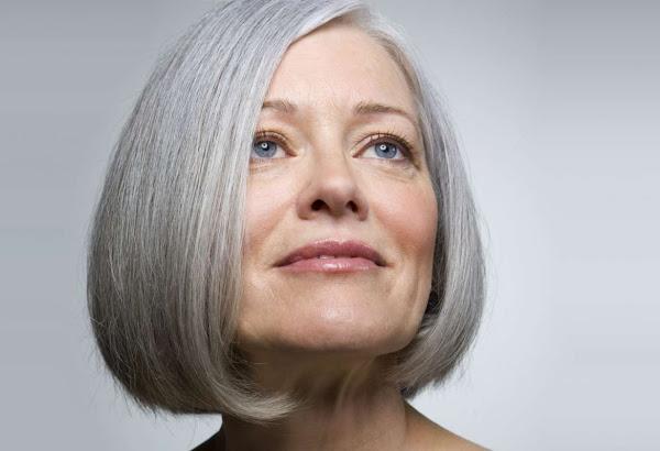 Mengatasi Rambut Rontok Usia Menopause